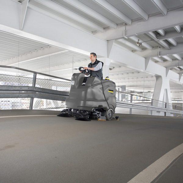اسکرابر مدل B 150 R کارچر اسکرابر با راننده, زمین شوی سرنشین دار