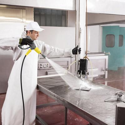 نظافت آشپزخانه با واترجت