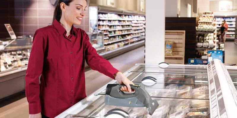 نظافت یخچال سوپرمارکت